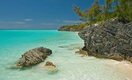 Mare e spiaggia tropicali Fotografia Stock Libera da Diritti