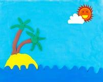 Mare ed isola fatti da argilla con il sole e la nuvola Fotografie Stock Libere da Diritti