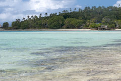 Mare polinesiano Crystal Water Clear Sand dell'oceano della spiaggia di paradiso tropicale Immagine Stock