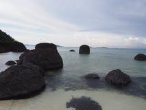 Mare sulla spiaggia Fotografia Stock Libera da Diritti