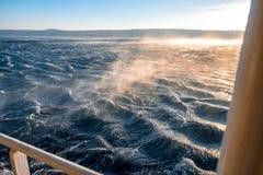 Mare tempestoso con forte vento Immagine Stock