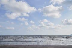 Mare tropicale di estate, spiaggia fotografia stock