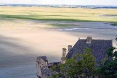 Marea baja en Mont Saint Michel, Normandía Imagen de archivo