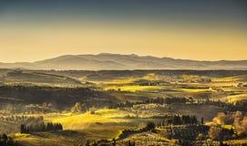 Maremma, αγροτικό τοπίο ανατολής Παλαιό αγρόκτημα επαρχίας και πράσινος Στοκ Εικόνες