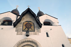 Marfo-Mariinskykloster der Gnade in Moskau im Winter Lizenzfreie Stockbilder