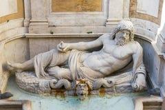 Marforio, estatua de mármol del océano Fotos de archivo