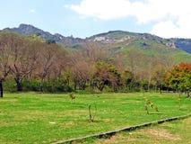 Margalla kullar, Islamabad, Pakistan fotografering för bildbyråer