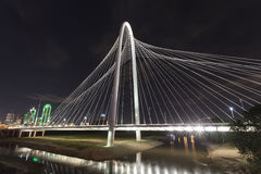 Margaret Hunt Bridge à Dallas, le Texas image libre de droits