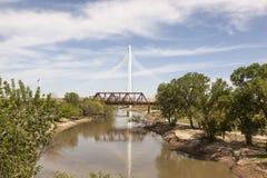 Margaret Hunt Bridge i Dallas, Texas royaltyfria bilder