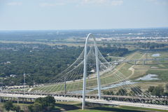 Margaret Hunt Hill Bridge en Dallas, Tejas imágenes de archivo libres de regalías