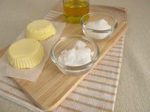 Margarina do vegetariano com óleo de colza, óleo de coco e fleur de sel foto de stock royalty free