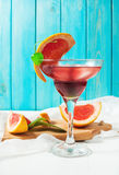 A Margarita cocktail with grapefruit juice and a grapefruit slice on the edge of the glass Royalty Free Stock Images