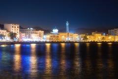 Margem em Mutrah de Muscat na noite imagens de stock