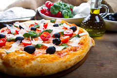 Margherita pizza with fresh ingredients Stock Photography