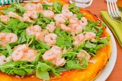 Margherita Pizza mit Tomate, mozza Lizenzfreie Stockbilder