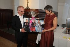 MARGRETHE VESTAGER 50个生日庆祝 免版税图库摄影