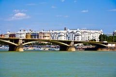 Margrit在多瑙河的布达佩斯掩藏了桥梁 免版税图库摄影