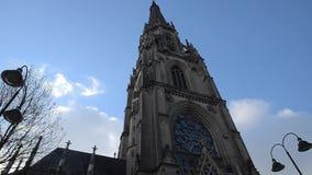 Mariä-Empfängnis-Dom akakathedraal van Dom van Onbevlekte Ontvangenisneuer in Linz Boven-Oostenrijk stock footage