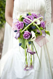 Mariée avec le bouquet Photographie stock