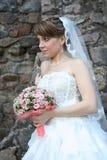 Mariée avec le bouquet floral Image libre de droits