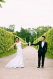 Mariée et marié leur jour du mariage Photos libres de droits