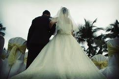 Mariée et père Photographie stock libre de droits