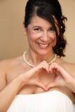 Mariée italienne avec le coeur hors de toute réflexion Image libre de droits
