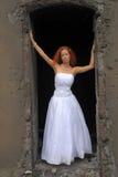 Mariée sur les ruines Photos stock