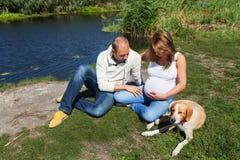 Mari et épouse enceinte Photo libre de droits