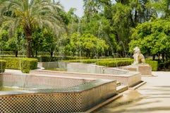 Maria Luisa Park i den Andalusian huvudstaden, Sevilla i Spanien royaltyfria bilder