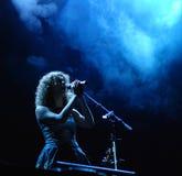 Maria Moling śpiewa na scenie w Linz Zdjęcia Royalty Free