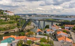 Maria Pia Bridge i Porto Arkivfoton