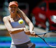 Maria Sharapova en la acción durante el tenis de Madrid Mutua abierto Fotos de archivo libres de regalías