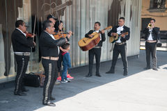 Mariachi op Plein Garibaldi in Mexico-City stock fotografie