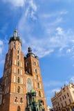 Mariacki kyrka, Krakow, Polen, Europa arkivbilder