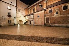 Mariacki-Quadrat nachts in der alten Stadt von Krakau Lizenzfreies Stockbild
