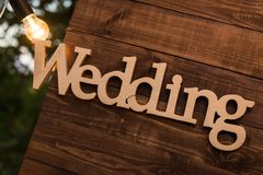 Mariage en bois de plaque Photo libre de droits