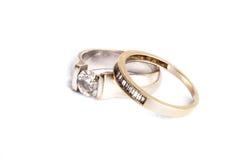 Mariage et bagues de fiançailles Images stock