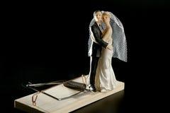 Mariage vu comme trappe de souris Photos libres de droits