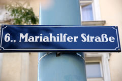 Mariahilferstrase i Wien, Österrike Arkivfoto