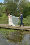 Marido e esposa em seu dia do casamento Fotos de Stock Royalty Free