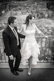 Marido y esposa Boda de los pares newlyweds Rebecca 36 Foto de archivo libre de regalías