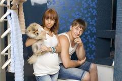Marido y esposa en cuarto de baño Foto de archivo libre de regalías