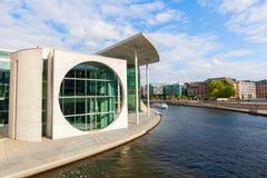 Marie-Elisabeth-Lueders-Haus, część Niemiecki Bundestag w Berlin, Niemcy Obraz Royalty Free