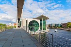 Marie-Elisabeth-Lueders-Haus, część Niemiecki Bundestag w Berlin, Niemcy Fotografia Royalty Free