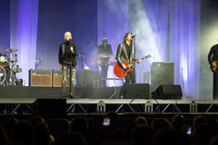 Marie Fredriksson e por Gessle canta e joga - ajuste Roxette Imagem de Stock