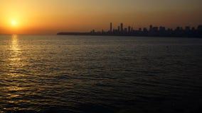 Mariene Aandrijving bij zonsondergang. Mumbai, India Stock Foto