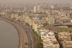 Mariene Aandrijving en Mumbai Van de binnenstad Royalty-vrije Stock Afbeeldingen
