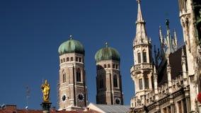 Marienkirche i Townhall kwadrat w Monachium, Niemcy zdjęcie wideo