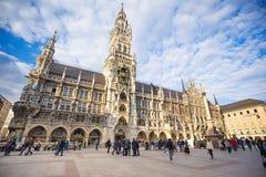 Marienplatz城镇厅在慕尼黑,德国的市中心 库存照片